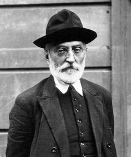 Miguel_de_Unamuno_1925
